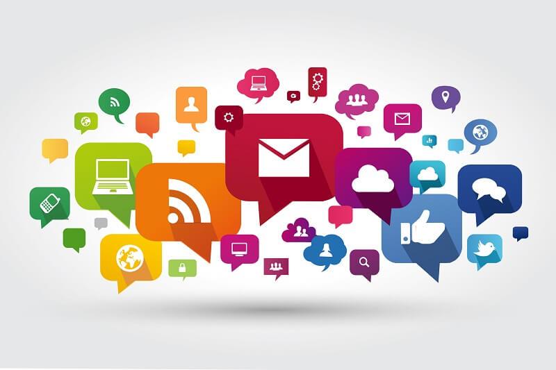 社内コミュニケーションツールと代表サービス